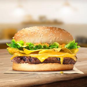 Burger bò khoai giòn tràn phô mai